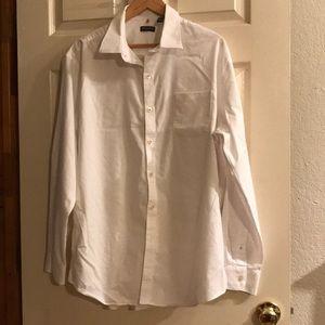 Van Heusen white dress shirt. XL 17-17 1/2